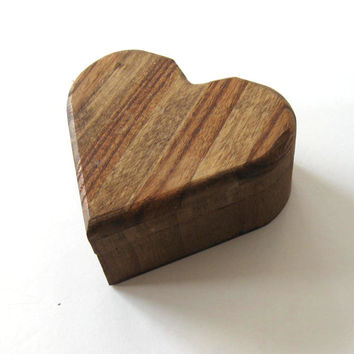 Wood Heart Shaped Box, Vintage collectible, Valentine, Home decor, Trinket Box, gift idea
