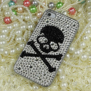 Vintage Skull Design Swarovski Crystal Rhinestone Bling iPhone Case // iPhone 5 Case // Unique iPhone 4s Case // iPhone 4 Case