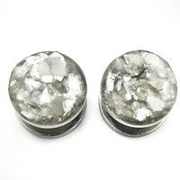 Silver flake plugs / 8g, 6g, 4g, 2g, 0g, 00g, 7/16, 1/2, 9/16, 5/8, 11/16, 3/4, 7/8, 1 inch / shimmer silver gauges / wedding plugs earrings