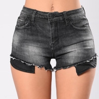 Step Up Shorts - Black