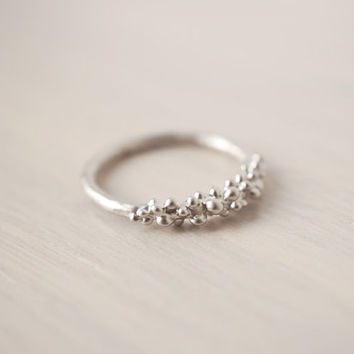 Silver Baubles Ring by MadeByMaru on Etsy