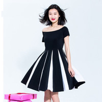 Casual Wide Shoulder Color Block Pleated Mini Skater Dress