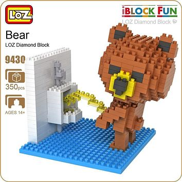 LOZ Figures Brown Bear WC Pee Urinate Box Diamond Block Toys Builds Cartoon Fun Small Bricks Cube DIY Animal Anime Figurine 9430