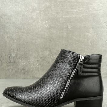 Pecos Black Leather Ankle Boots