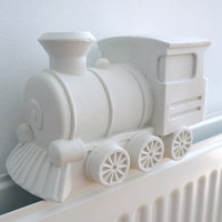 Steamy train humidifier - Matte white porcelain train - decoration on radiator moisturizer