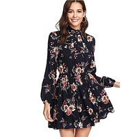SHEIN Floral Print Women Tie Neck Dress