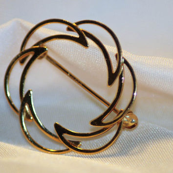 """14k yellow gold Crescent Moon """"Minimalist Abstract"""" in Design - Brooch"""
