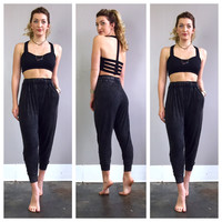 A Casual Harem Joggers with Pockets in Black