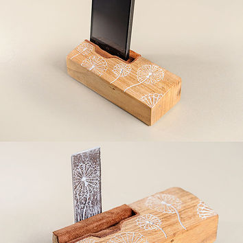 Smartphone Stand, a great gift Dandelion simbols engraved in it. Tech lover gift. Wood iPhone Stand. Phone stand.