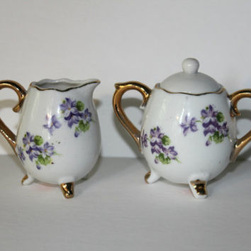 Vintage Lilac Sugar Creamer Set by Enesco Made in Japan , Small Floral Footed Sugar and Creamer , Vintage Serving Set