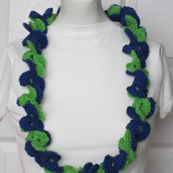 Half Shell Yarn Lei~School/Team Spirit, Graduation Lei, Great for Any Special Event-Blue/Green