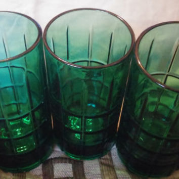 Three Heavy Glasses/Tumblers in a Gorgeous Forest Green Color by Anchor Hocking Tartan Pattern