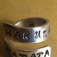 Hakuna Matata - Adjustable Twist Aluminum Ring - Style B