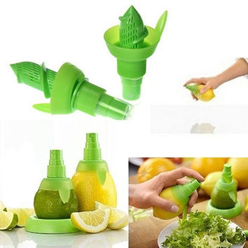1PCS Creative Juice Juicer Lemon Spray Mist Orange Fruit Gadge Sprayer Kitchen = 1946210372