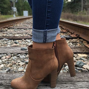 Can't Keep Your Eyes Off My Booties - Tan