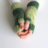 Green knit fingerless mitten woolen knit gloves by baahar on Etsy