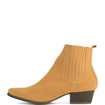 Women's Aria-8 Ankle Bootie