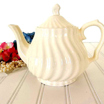 Swirl Teapot ivory creme Vintage tea pot coffee pot tea service Tea Party pottery china teapot Cottage Chic Mid Century teapot