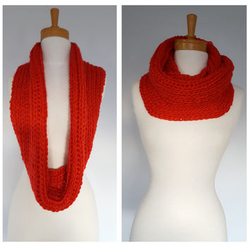 Red Chunky Soft scarf, Knit Infinity Scarf, crochet Infinity Scarf,  Knitted Scarf, knit neck wrap