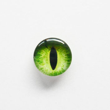 10mm handmade glass eye cabochon  green cat or by VaeNoxFactory