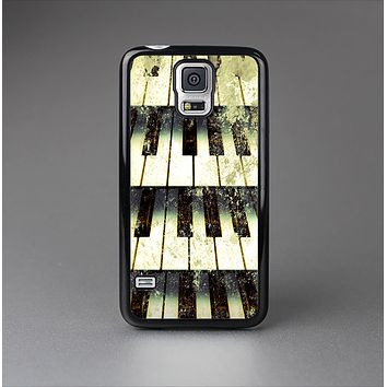 The Vintage Pianos Keys Skin-Sert Case for the Samsung Galaxy S5