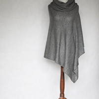 Knit poncho, gray poncho, gray scarf, gray cape, women poncho, gray sweater, knit cape, knit scarf,knit capelet,knitted machine,knit sweater