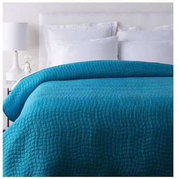 Alba Solid Peacock Blue Quilt