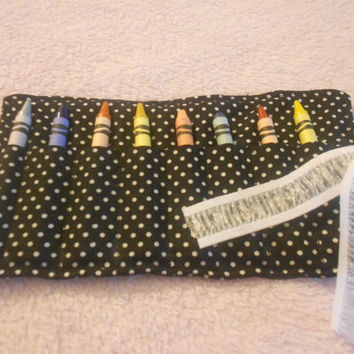 Black and white polka dot crayon roll, 8 crayon roll