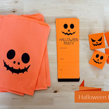 Pumpkin Halloween party Kit - 8 Invitations, 8 mini cards and 8 treat bags.