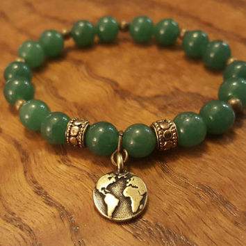 Green onyx beaded bracelet // green gemstone bracelet // earthy yogi bracelet // earth charm bracelet // green and bronze beaded bracelet