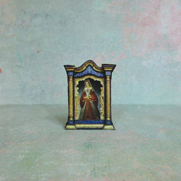 Dollhouse Miniature Reliquary Stand Up Decoration with Tudor Lady