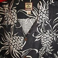TOMMY BAHAMA HAWAIIAN SHIRT GRAY PINEAPPLES!SIZE XL!100% SILK