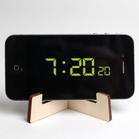 Flat Packable iPhone stand