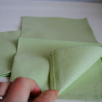 Mint Linen Napkins SET of 4 - Spring Green Cloth Napkins - Table Decor - Kitchen Food Napkins (Ready to Ship)