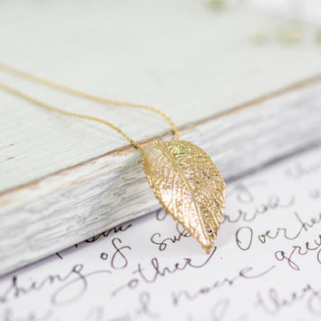 Gold Leaf Necklace, Charm Necklace, Dainty Necklace, Women's Gift, Handmade Pendant Necklace, Bridesmaid Gift, Gold Necklace