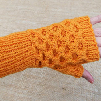Hand Knitted Ladies Fingerless Gloves thumbs Rich Gold Honeycomb Small size 100% pure wool Winter Warm Gift Idea Ready to ship from UK