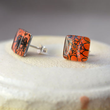 Halloween earrings - Spider earrings - Fused glass earrings - Sterling silver post earrings - Fused glass jewelry - Halloween jewelry