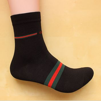 GUCCI summer and autumn cotton fight four seasons deodorant in the tube socks male youth sports and leisure socks Black