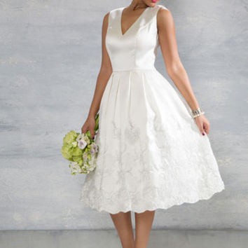 Here Comes the Stride Dress in Ivory