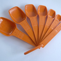 Vintage Tupperware Measuring Cups and Measuring Spoons • Retro Orange