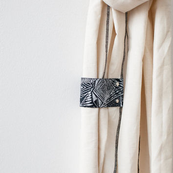 Oatmeal Scarf With Leather Loop