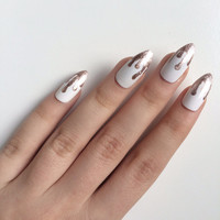 Gloss metallic drippy stiletto nails, hand painted acrylic nails, fake nails, false nails, stick on nails, nail art, artificial nails