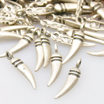 25 Pieces Silver Plated Mini Spike Charms, Matte Silver Jewelry Drop Spikes, Jewelry Malking Supply, Jewelry Findings