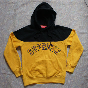 "Vintage Supreme  ""Logo Contrast"" Hoodies (Yellow/Black)"
