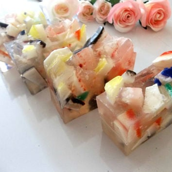 Gemstone Bar Soap -Genuine Crystal Glycerin Soap -Aromatherapy Beauty Bar -Crystal Healing Bar Soap -Charged Crystals