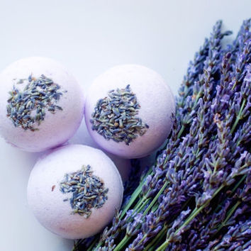 Lavender Bath Bombs by theblacksheepsoapco on Etsy