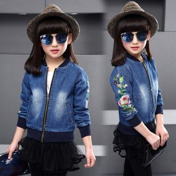 Trendy 2-8T BaseBall Collar Girls Denim Jacket 2018 Spring Fashion Thin Long-sleeved Denim Tops Flowers Embroidered Jeans Girls Coats AT_94_13