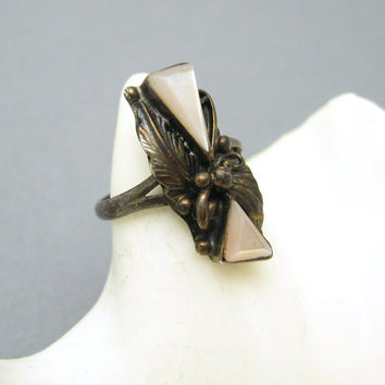 Sterling Mother of Pearl Native American Vintage Ring R6946