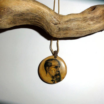Charles Dickens pendant necklace. Natural wooden slice disc Pendant necklace jewelry Dickens quote. Wood slices famous writer author pendant