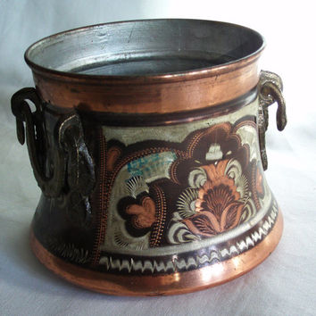Cauldron vintage copper etched mini pot, brass handled rustic kitchen jar. ERZINCAN SOUVENIR. Wiccan altar decor, Floral folk art Etching
